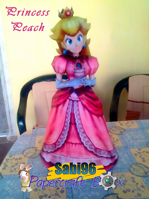 SSBB Princess Peach Paper Model