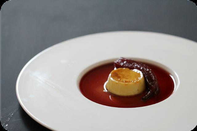 Crème Caramel mit Lorbeer, Abbé Fétel (Birnen) in Holunder [Supperclub]