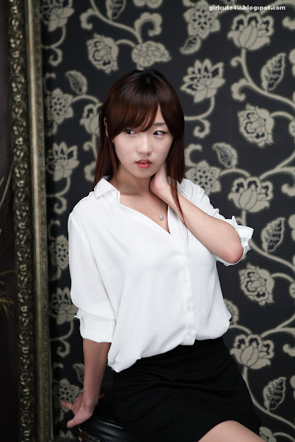 xxx nude girls: So Yeon Yang - Going to Office?