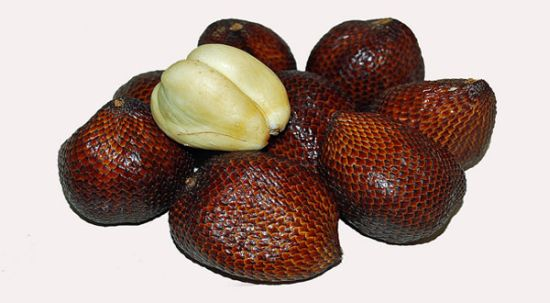 buah salak indonesia yang disukai bule
