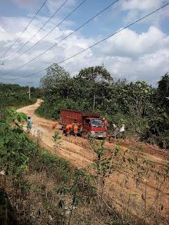 Desa Semangus Terancam Terisolir