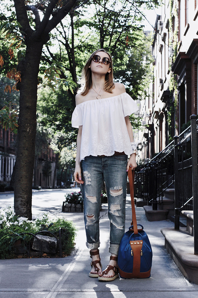 Outfit of the day by Victoria of thewindofinspiration.com. #personalstyle #fashion #outfit #style #streetstyle #ootd #look #lookoftheday #outfitoftheday #thewindofinspiration