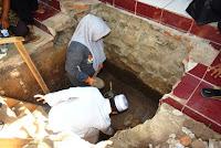 Peletakan Batu Pertama Perluasan Masjid Baburridwan Desa Kananga, Bupati Bantu Rp20 juta