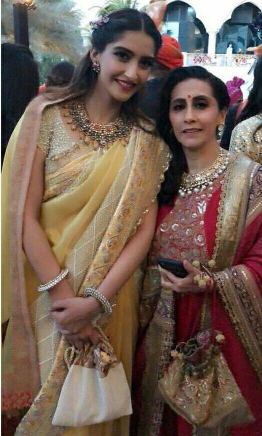 Sonam Kapoor Navaratan Kundan Necklace