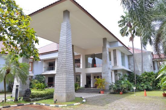 Hotel Papyrus Tropis Bogor