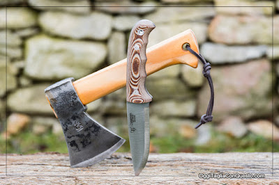 Mini axe e coltello da bushcraft Cudeman