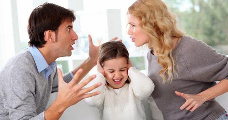 5. Membesarkan anak