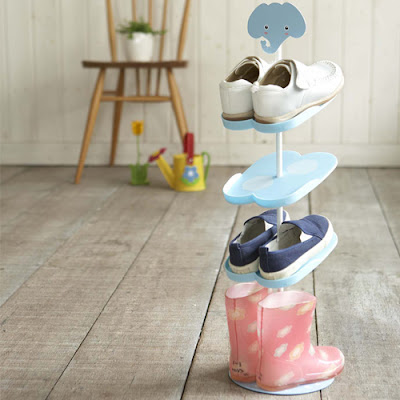 kid's shoe rack with elephant motif