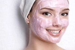 3 recettes masque visage maison pour la peau grasse ou mixte la beaut naturelle. Black Bedroom Furniture Sets. Home Design Ideas