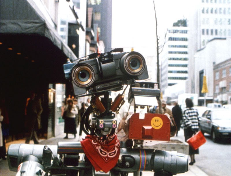 10 Wussiest Robots In Movie History