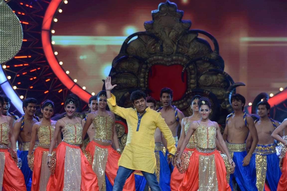 Shivarajkumar was among the performers at IIFA Utsavam