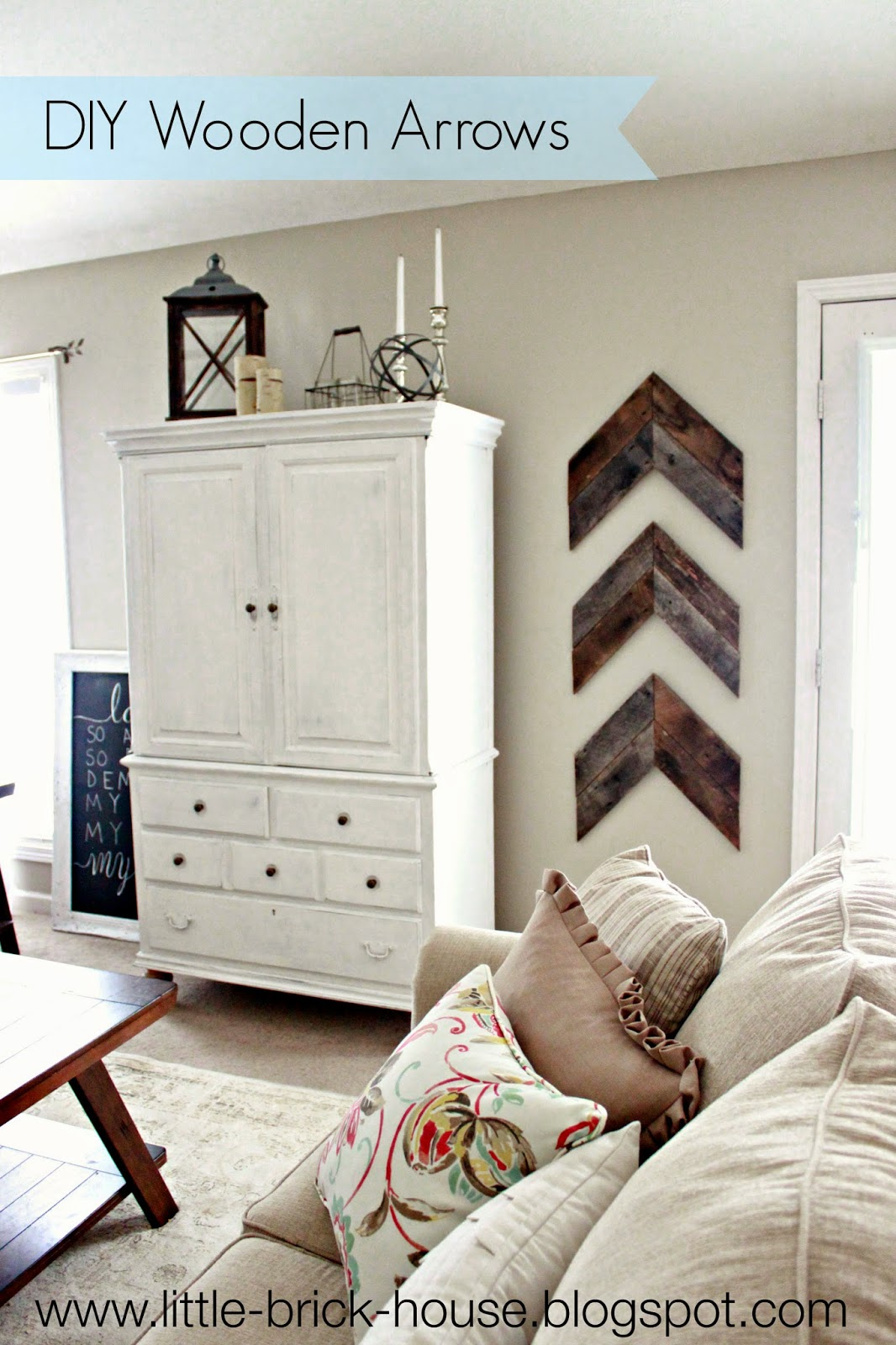 Greatest Little Brick House: Reclaimed Wood Project: DIY Wooden Arrows DM15