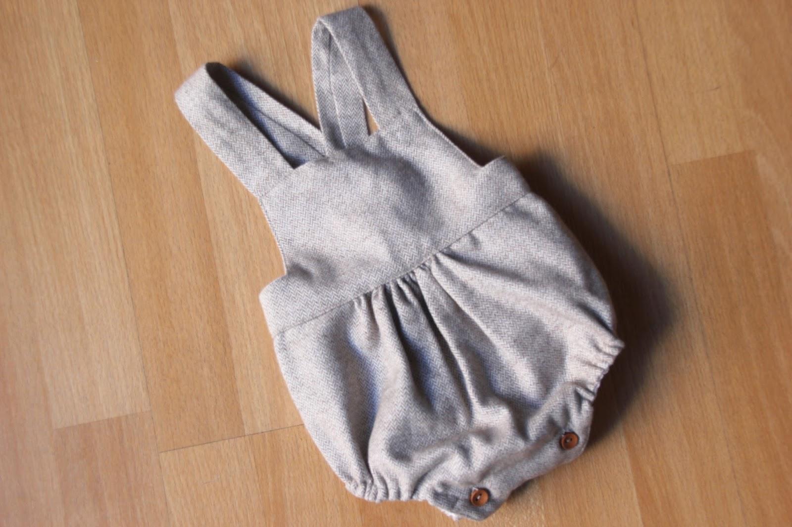 DIY Tutorial y patrones: Peto de bebé (repe) - Handbox Craft Lovers ...