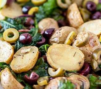 reteta usoara salata de cartofi cu masline si ceapa