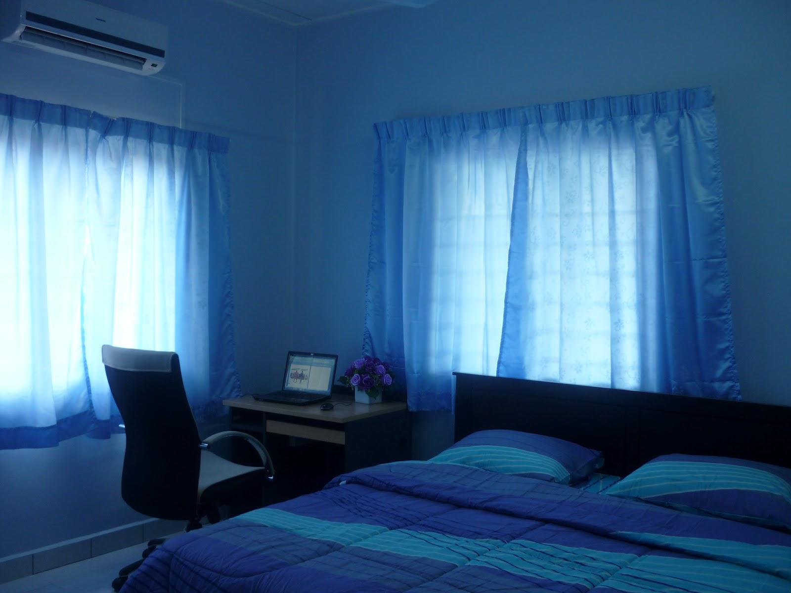 Semua Bilik Tidur Berwarna Biru Warna Romantik Dan Penyayang Mempunyai Hawa Dingin Satu