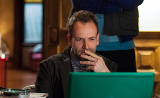 Jonny Lee Miller as Sherlock Holmes in CBS Elementary Episode # 20 Dead Man's Switch