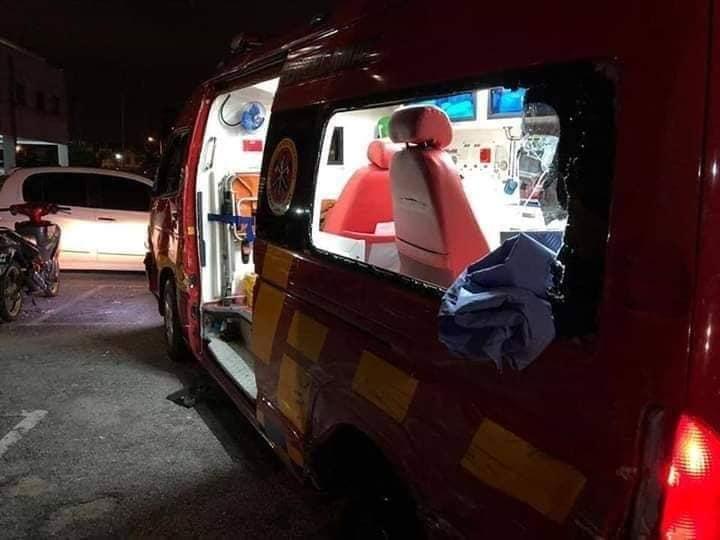 Pegawai Bomba Cedera Parah, Patah 4 Tulang Rusuk Dipukul Semasa Rusuhan Kuil