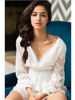 Ananya Panday hot image