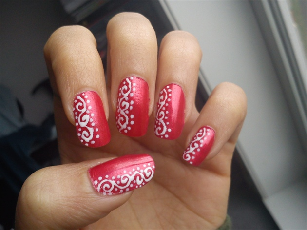 Nail Art Design 2014: Nail art red and white