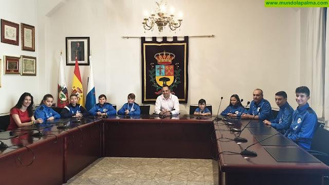 El Defense, de Breña Alta,  consigue el primer puesto del medallero en el Campeonato de Canarias de Tenis de Mesa celebrado en La Palma