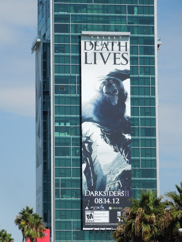 Giant Death Lives DarksidersII billboard