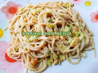 Espaguetis Con Verdura Y Salsa De Yogur, Con Thermomix
