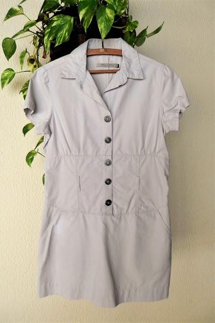 Vestido militar Rita Jardim cor cáqui com bolsos
