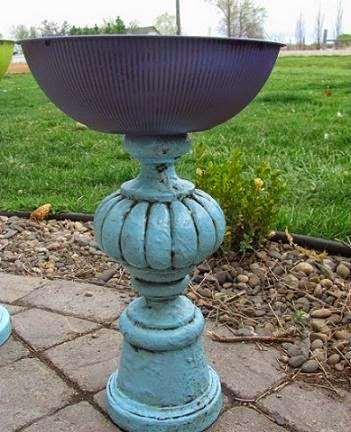 DIY Re-Lamp Bird Bath | Do it yourself ideas and projects