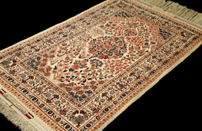 MISTAKES YOU CAN MAKE CLEANING YOUR ORIENTAL RUG AT HOME
