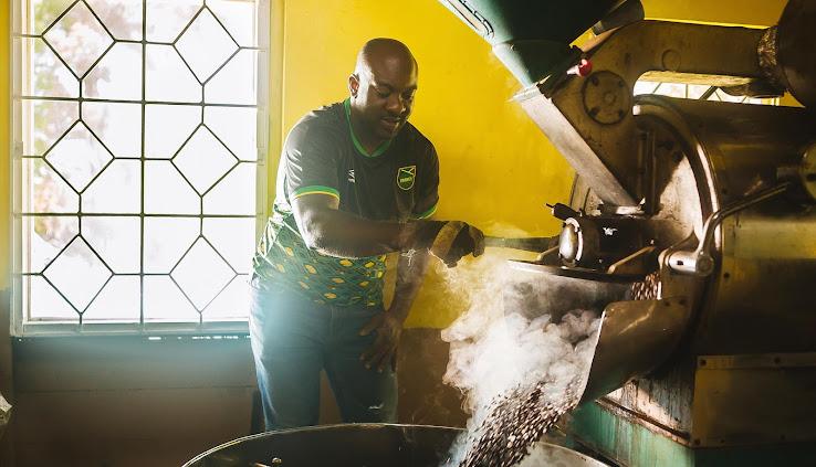 025c16ce19e Outstanding Umbro Jamaica 18-19 Home   Away Kits Revealed - Footy ...