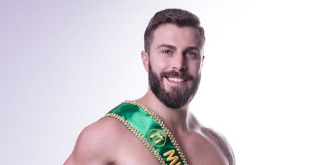 Mister Brasil Gabriel Ximenez comemora a chegada de 2019 com ensaio