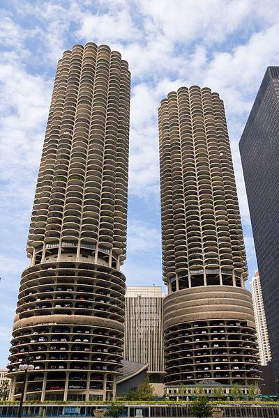 The Sound - Página 6 400px-Marina_City--Chicago_Illinois_Aug_2006