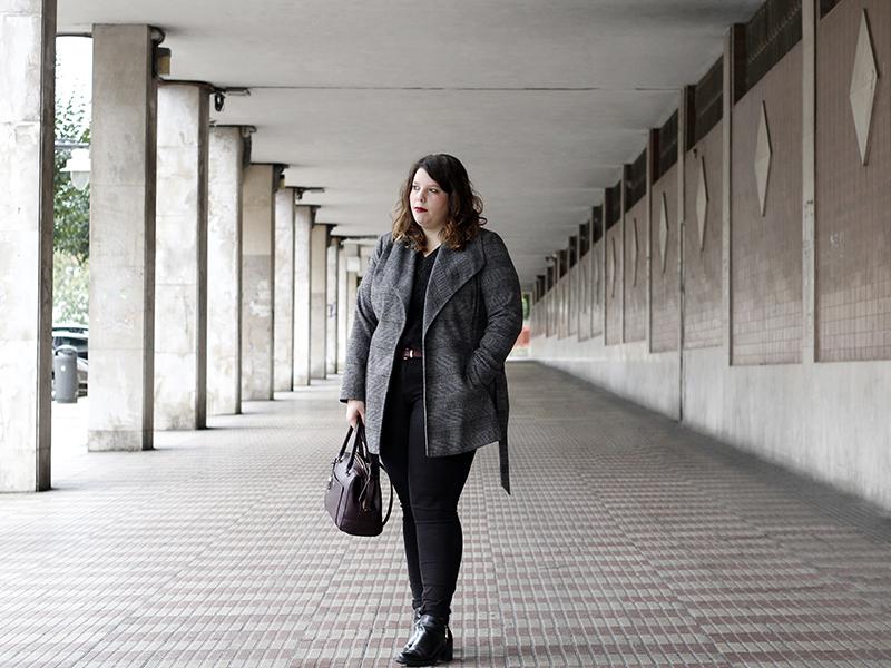 Collage of Style - Almudena Duran Arnaiz - Basicos en negro y granate V