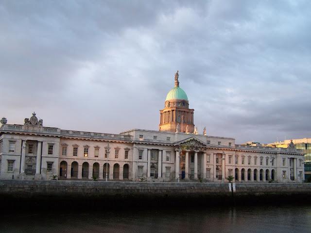 Custom House, actual ministerio de Medio Ambiente, Dublín (Archivo propio)