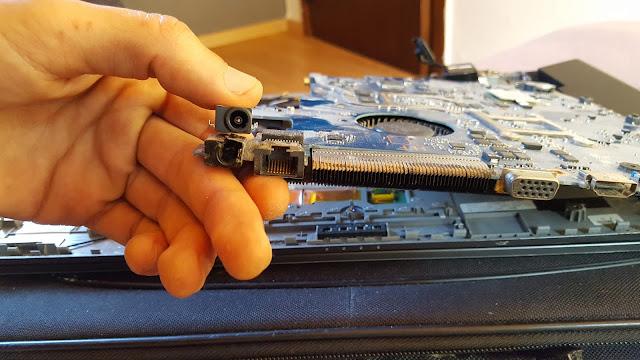 إصلاح حاسوب لا يشتغل مدخل الطاقة / Power Jack Socket Connector