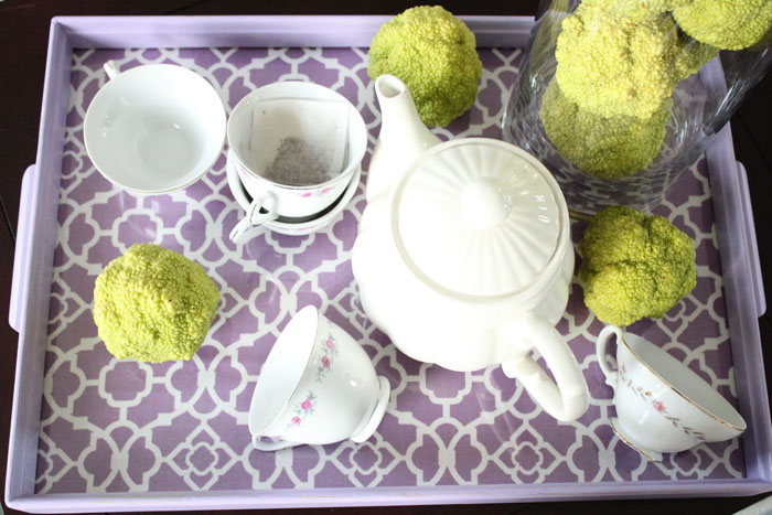 purple tray with teapot set