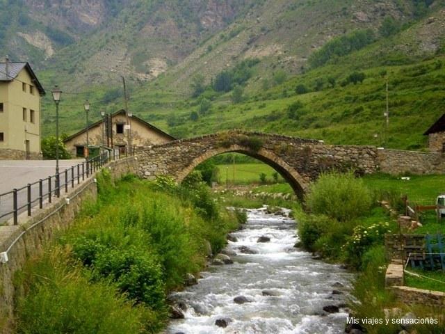 Puente romano sobre el río Escrita, Espot, Lleida