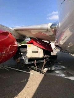 Two KQ planes kiss at JKIA. Zero Hurt