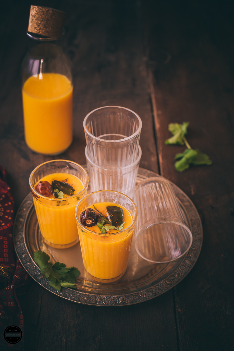 Fajeto is an authentic Gujarati beverage that is prepared with ripe mango pulp, yogurt and topped with an aromatic tempering.