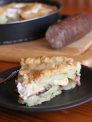 sos recette p t de pomme de terre au camembert l 39 andouille de vire. Black Bedroom Furniture Sets. Home Design Ideas