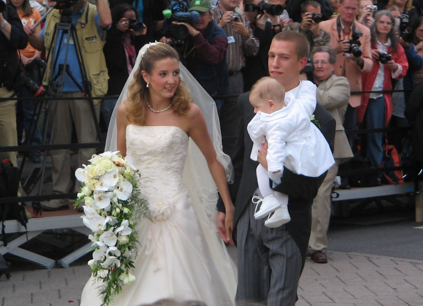 Matrimonio In Kosovo : The royal order of sartorial splendor wedding wednesday