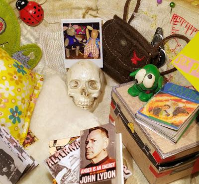 skull - tete de mort - maison de punk - punk house