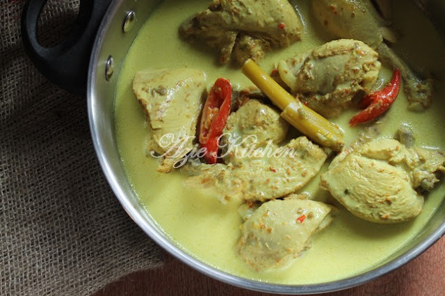 Ayam Masak Lemak Cili Padi Resepi Chef Ridzuan