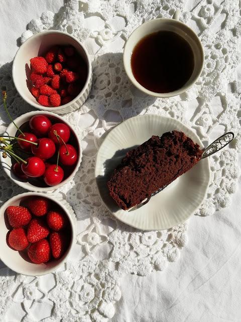 ciasto z fasoli, ciasto bez mąki, ciasto bez tłuszczu, ciasto bez cukru, brownie, dietetyczne ciasto, niskokaloryczne ciasto, białkowe casto, wysokobiałkowe ciasto