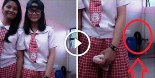 Merinding! Apa Yang Dilakukan Dua Siswi Cantik Ini di Kamar Mandi Sangat Mengejutkan