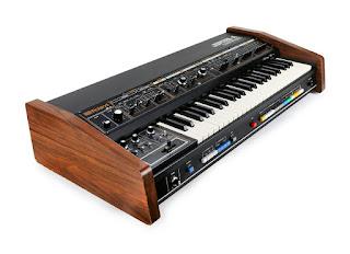 Imagen del sintetizador analógico Roland Jupiter 4