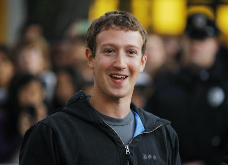 Facebook CEO, ceo of facebook, Zuckerberg, Shakira, Facebook owner, Mark Zuckerberg