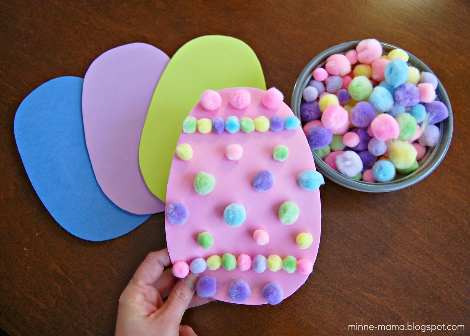 Minne Mama Pom Pom Easter Eggs