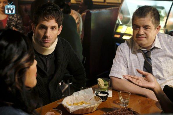 """NUP 185066 0070 595 Spoiler%2BTV%2BTransparent - A.P. Bio (S02E01) """"Happiness"""" Episode Preview"""
