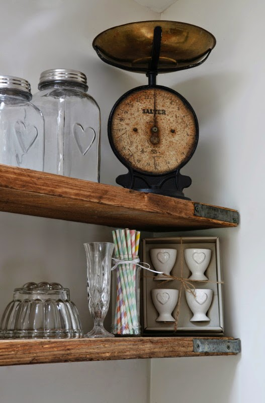 Makeover Scaffold Board Shelves Roses And Rolltops